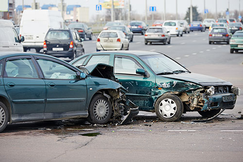who-is-responsible-in-a-left-hand-turn-accident